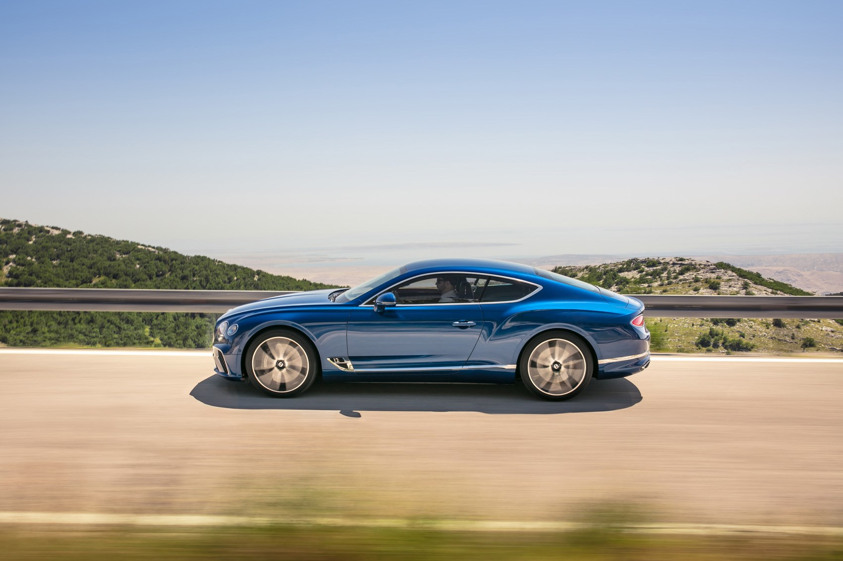 2018 bentley coupe.  bentley gentlemanu0027s express v20 2018 bentley continental gt revealed in bentley coupe