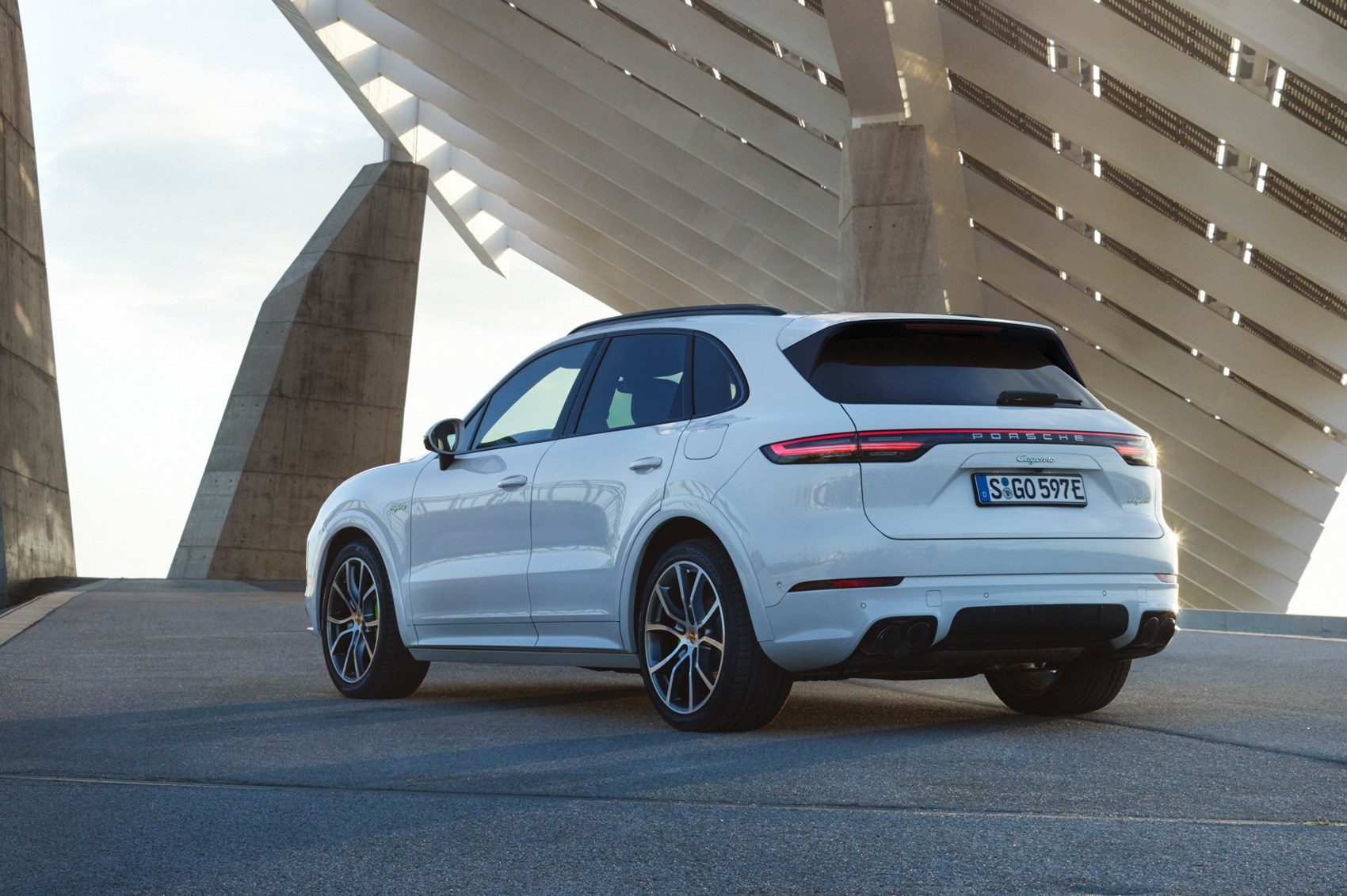 new 2018 porsche cayenne pics performance specs and price car magazine