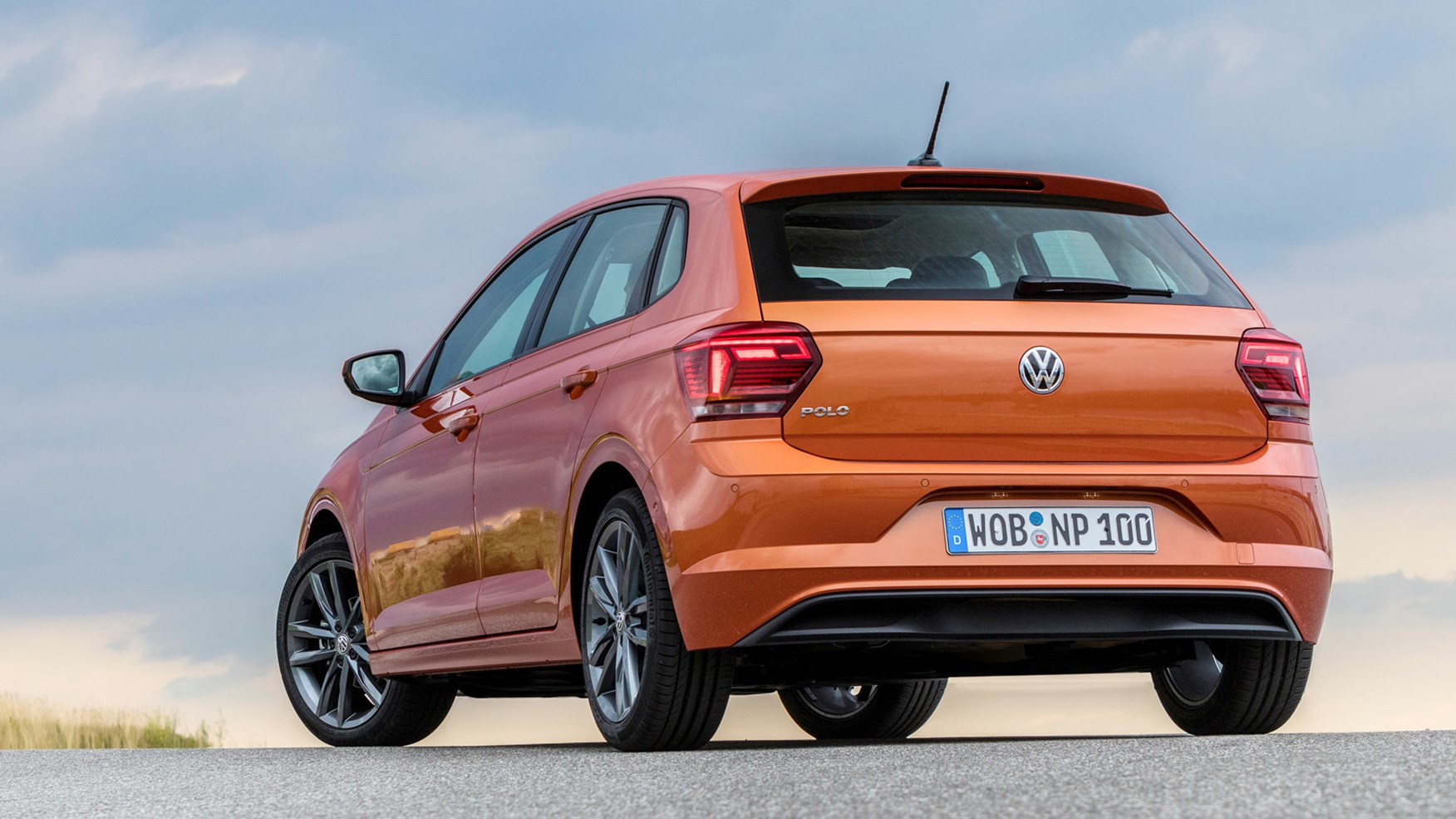 volkswagen polo lease