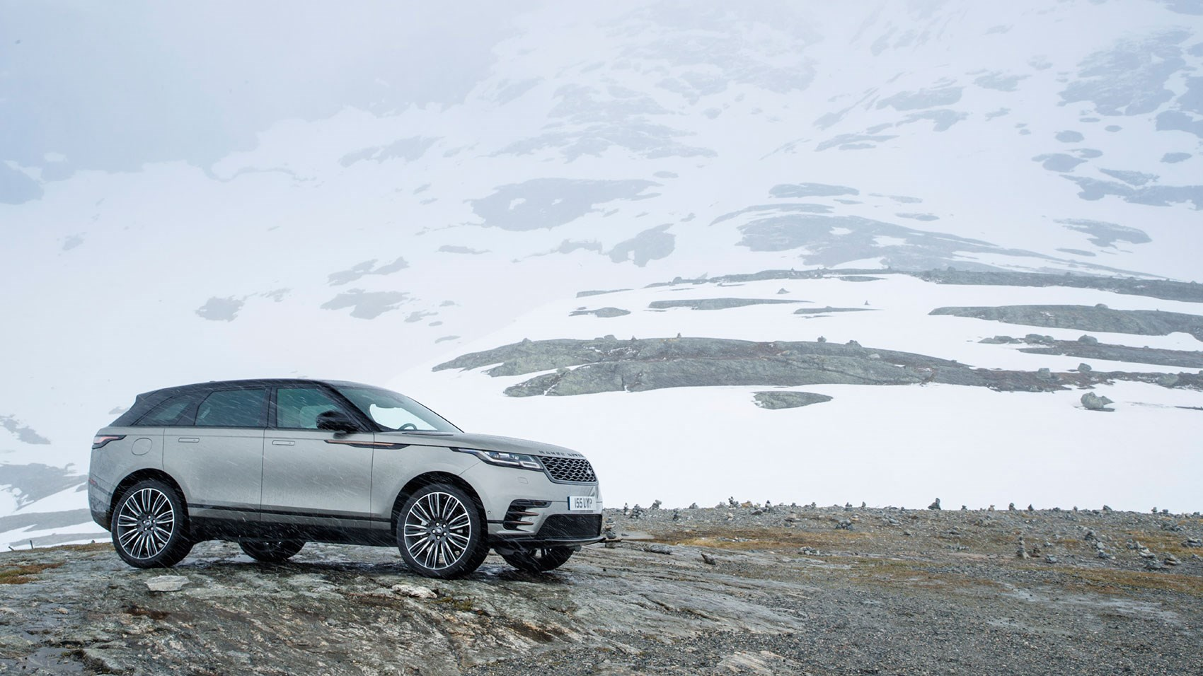 Range Rover Velar First Edition P380 (2018) review | CAR ...