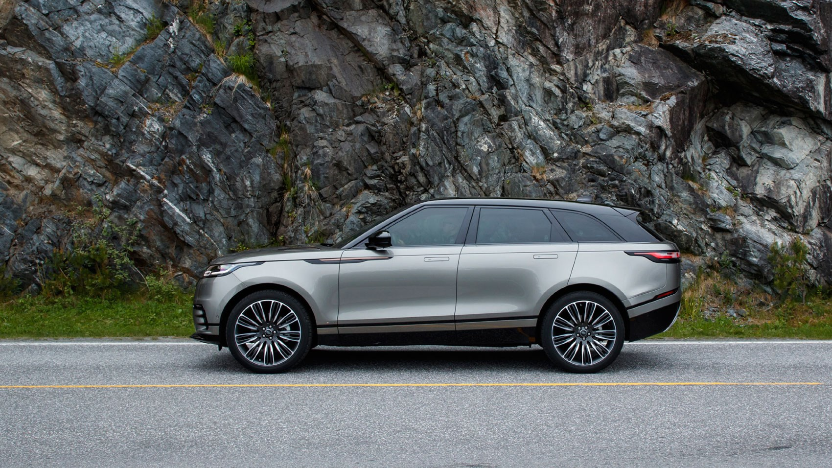 2018 land rover changes. simple land 2018 range rover velar prices start at 44830 in land rover changes d