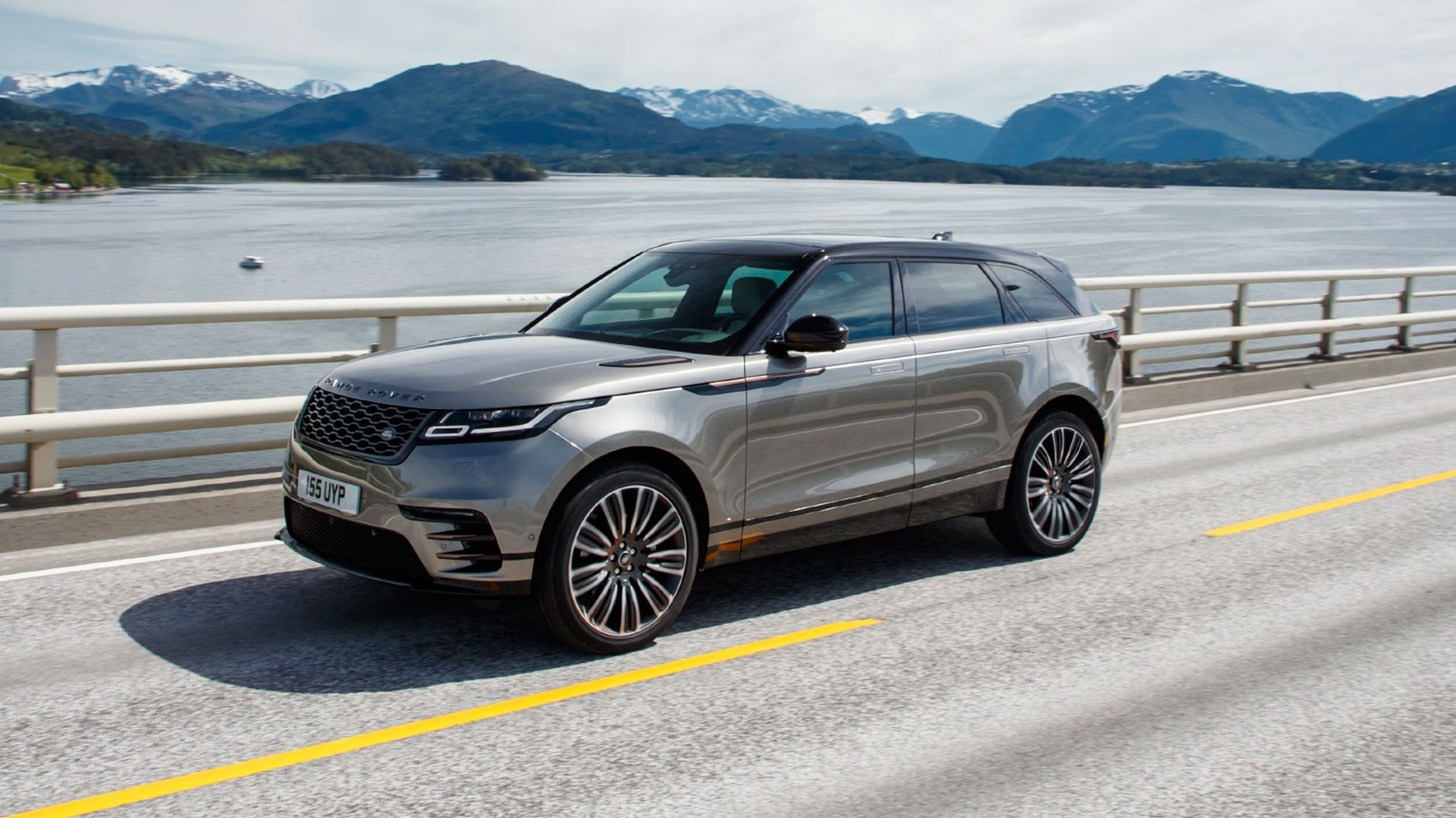 range rover velar first edition p380 2018 review by car. Black Bedroom Furniture Sets. Home Design Ideas