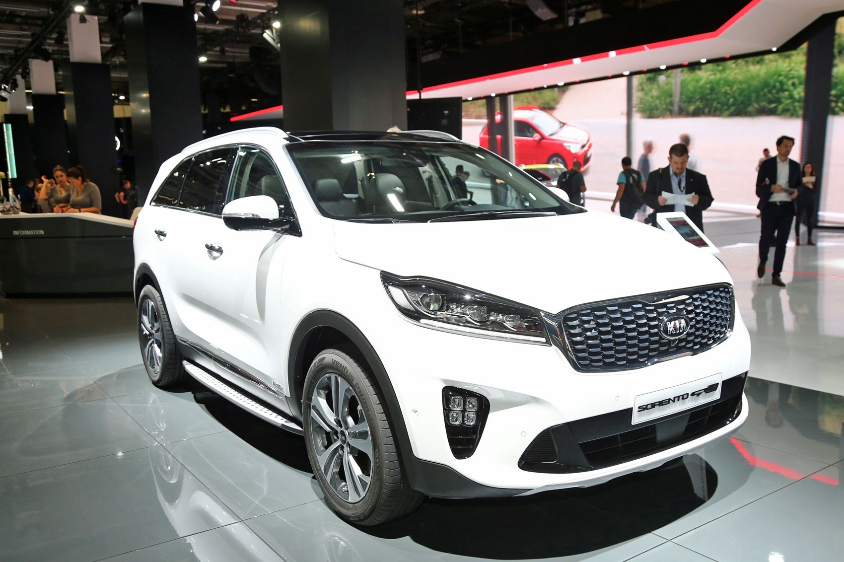 Suv Tesla Interior >> Sorento gets sporty: top-spec GT-Line among 2017 Kia SUV updates by CAR Magazine