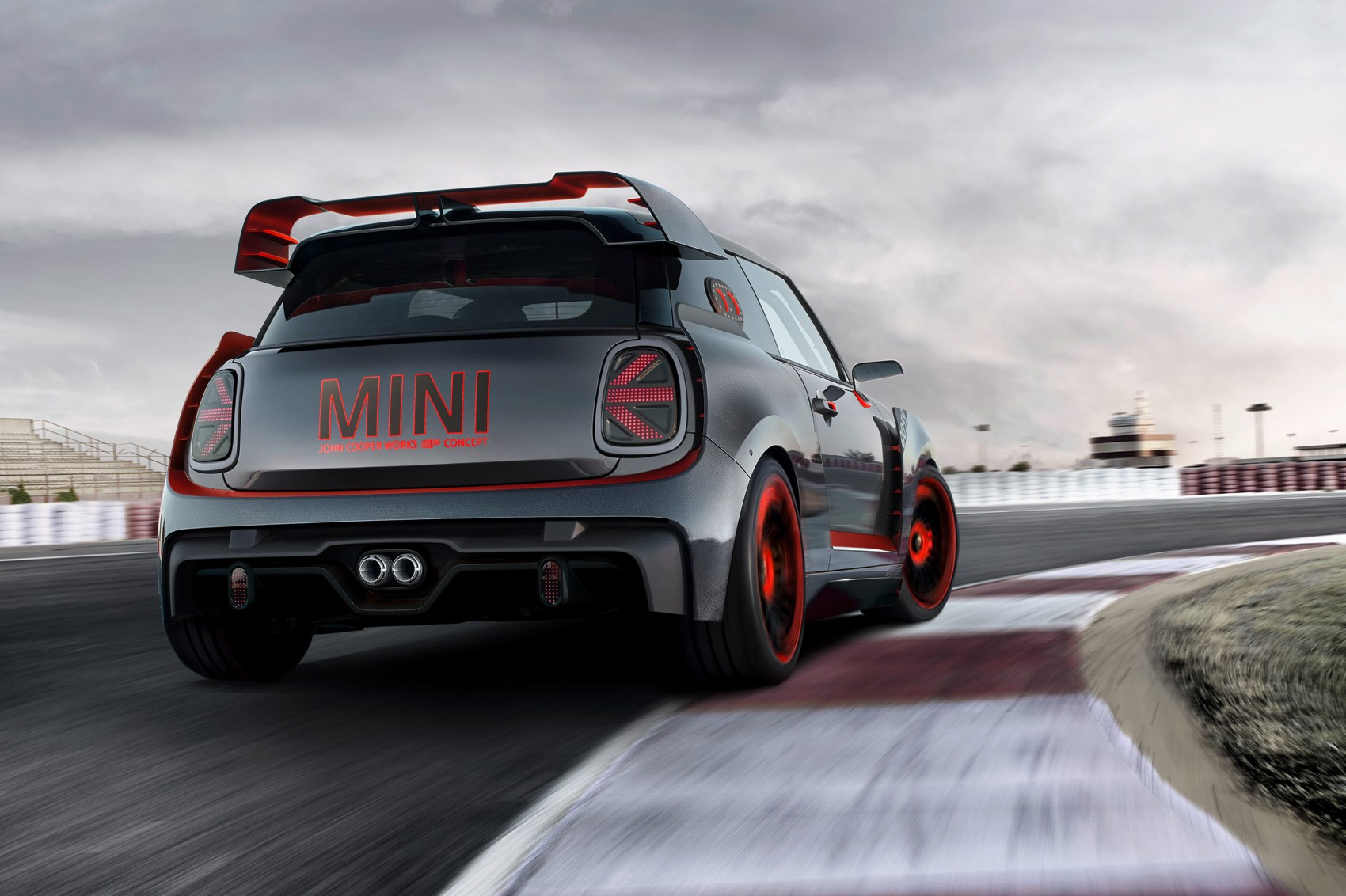 Hardcore Mini John Cooper Works GP Concept races into Frankfurt 2017