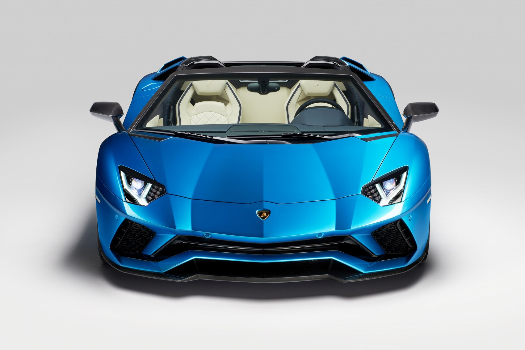 lamborghini aventador s roadster at 2017 frankfurt motor show pictures prices specs by car. Black Bedroom Furniture Sets. Home Design Ideas