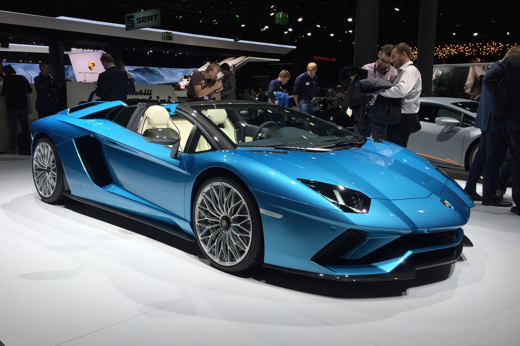 Lamborghini Aventador S Roadster At 2017 Frankfurt Motor Show Pictures Prices Specs Car Magazine