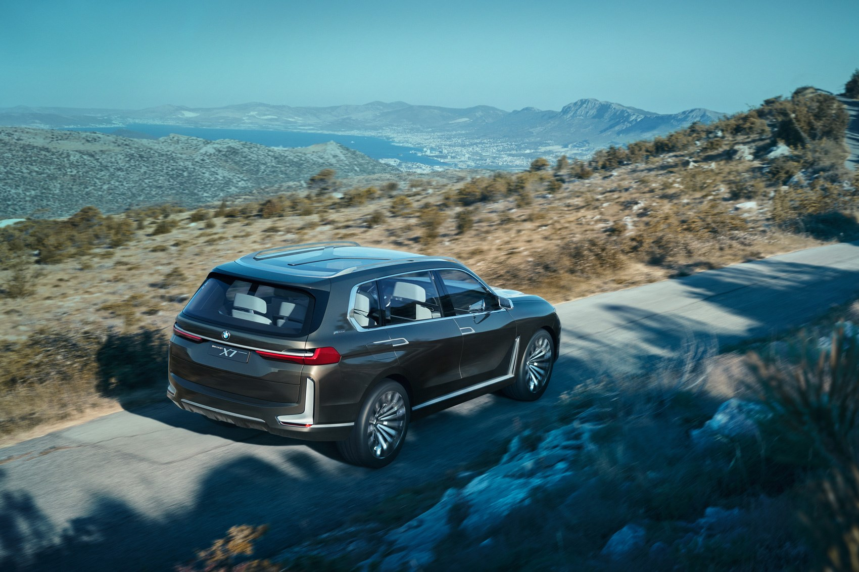 Coming to a posh school run near you new BMW X7 concept is here