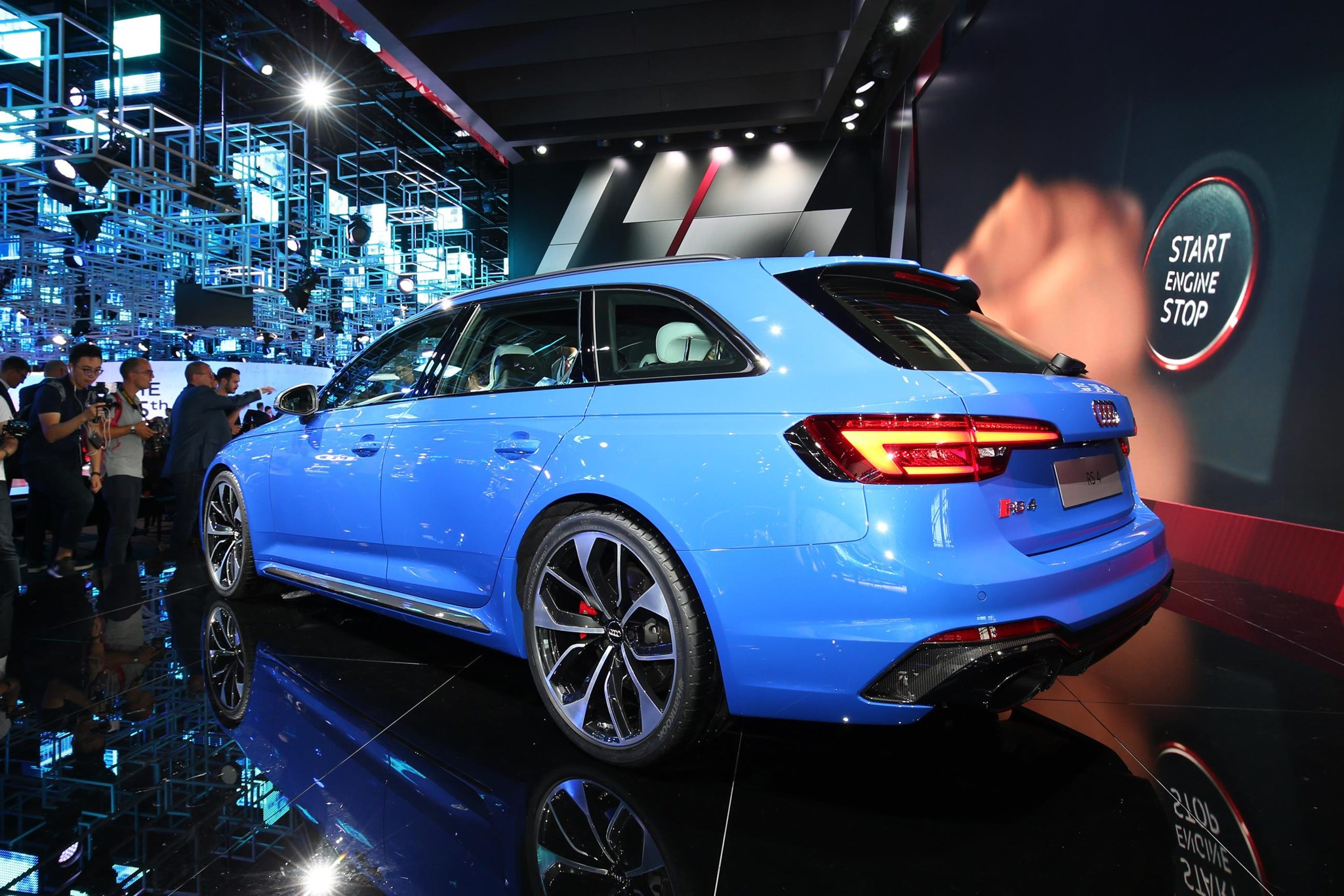 New Estate Of Mind Audi Pulls Covers Off New RS4 Avant