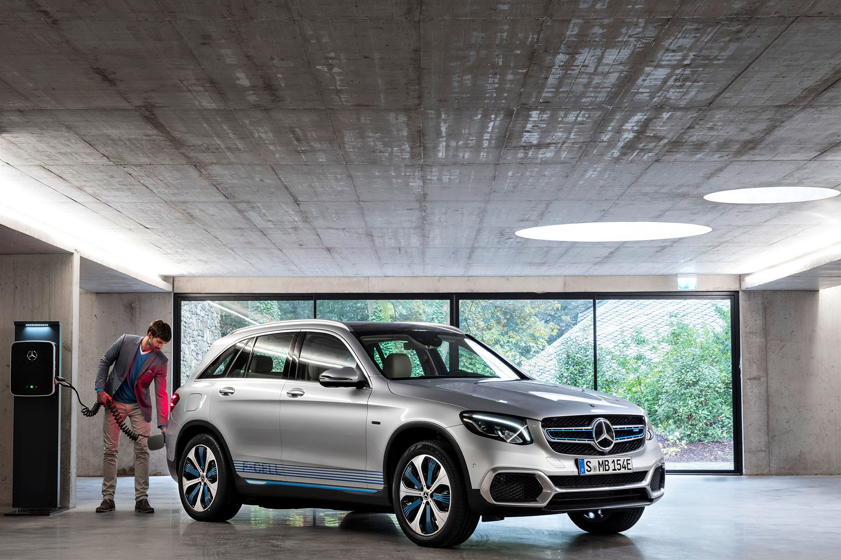 Mercedes Glc F Cell Front View