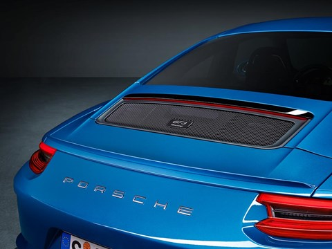 Porsche 911 GT3 Touring Pack: look no wing!