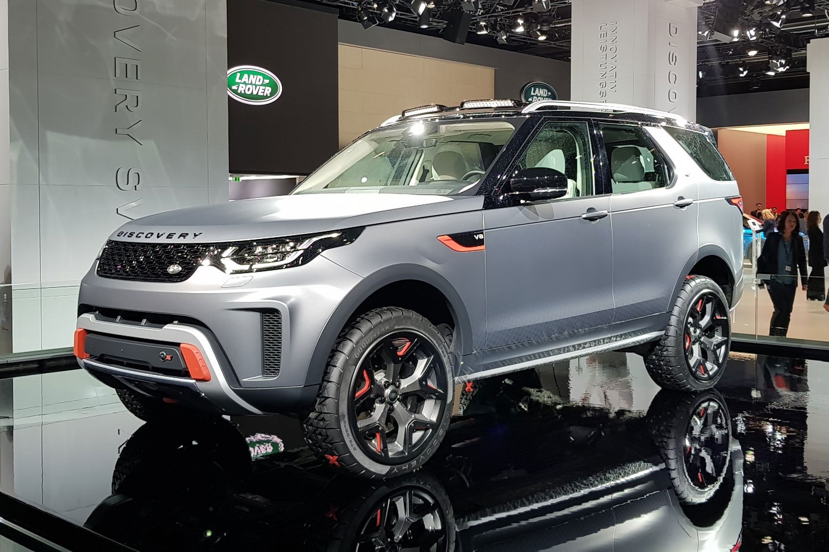 Image result for Land Rover Discovery SVX  frankfurt 2017