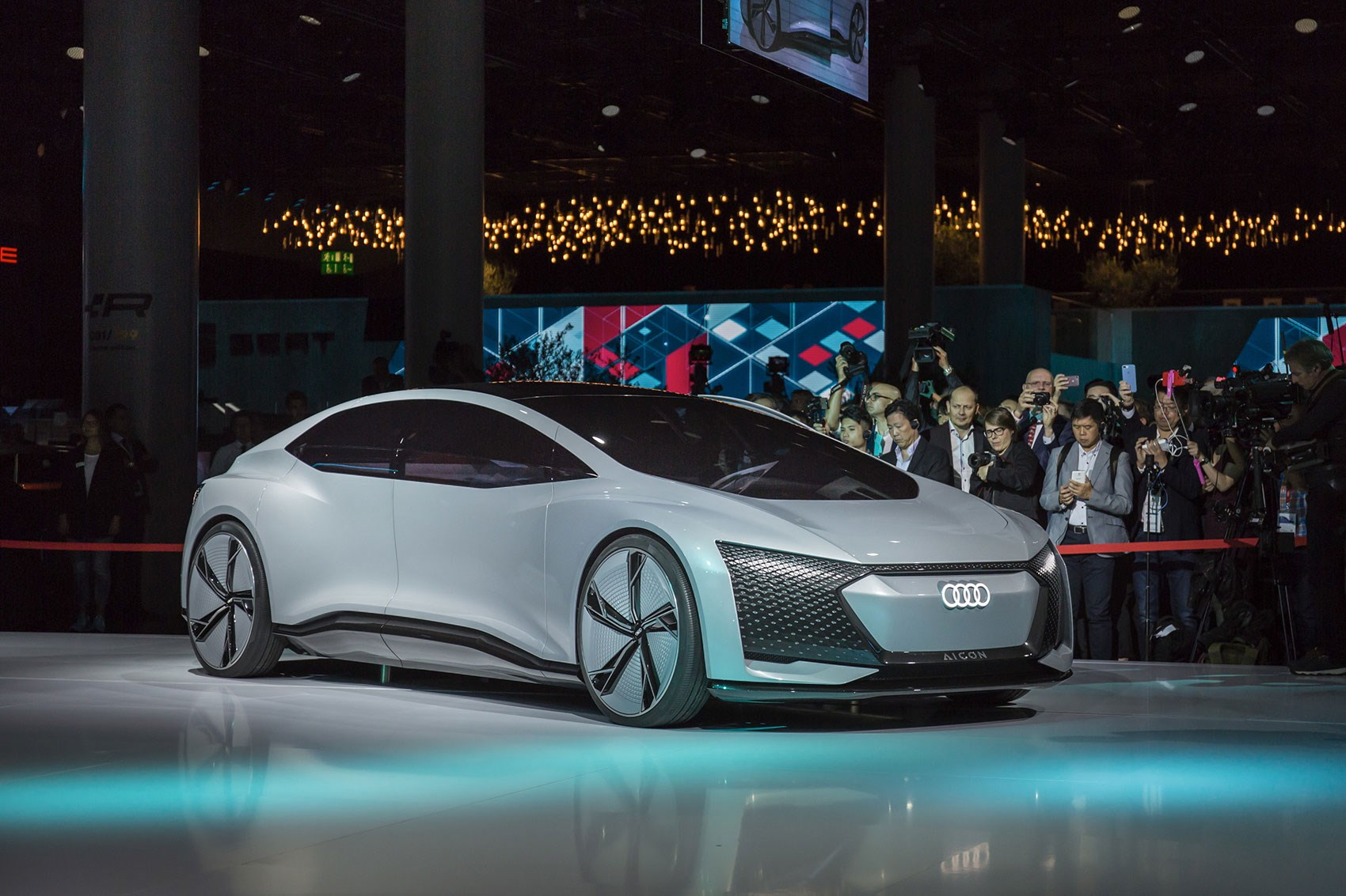 Audi aicon and elaine concepts at 2017 frankfurt motor for Concept expo