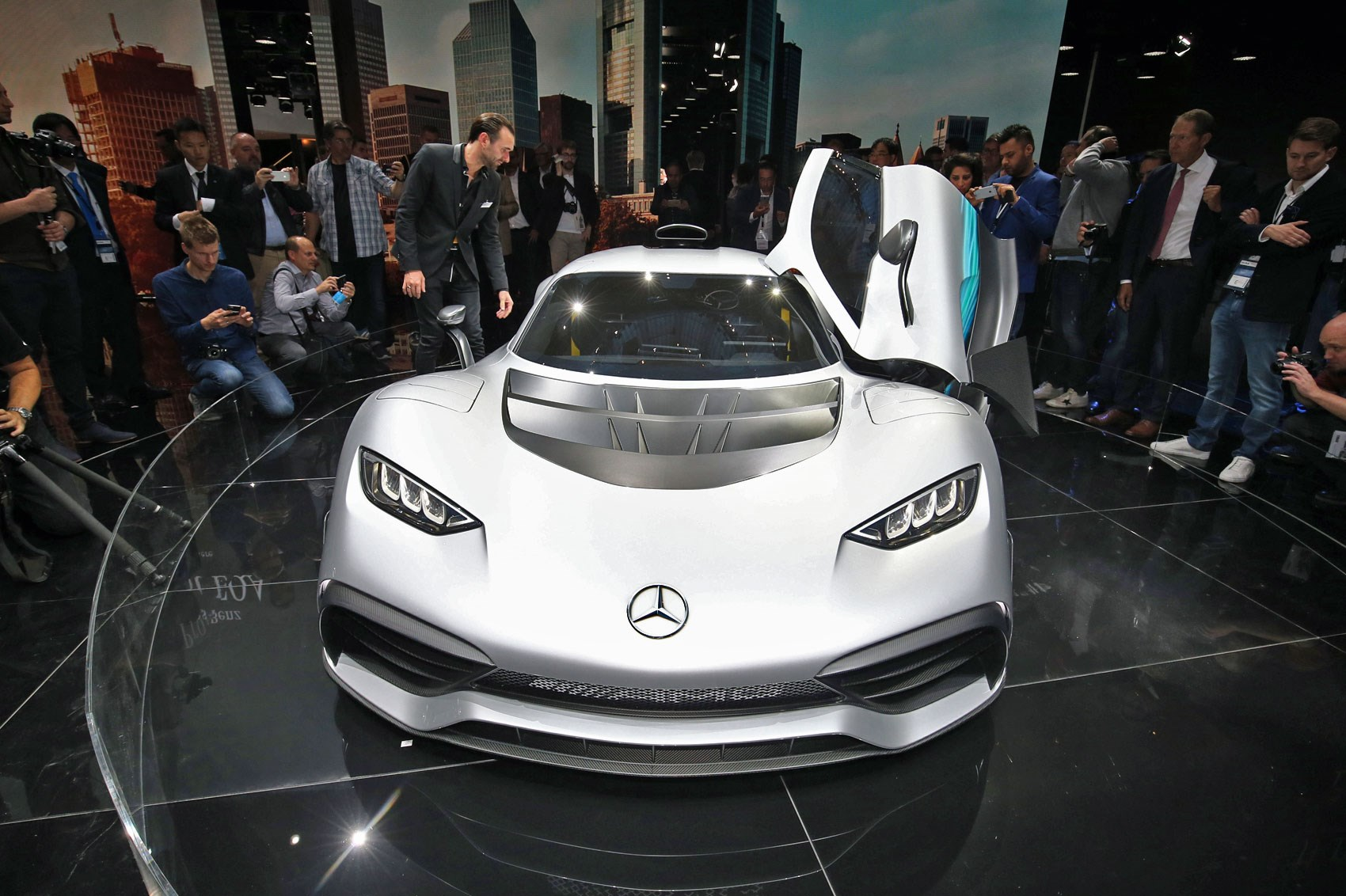 https://car-images.bauersecure.com/pagefiles/75893/24-amg-project-one.jpg