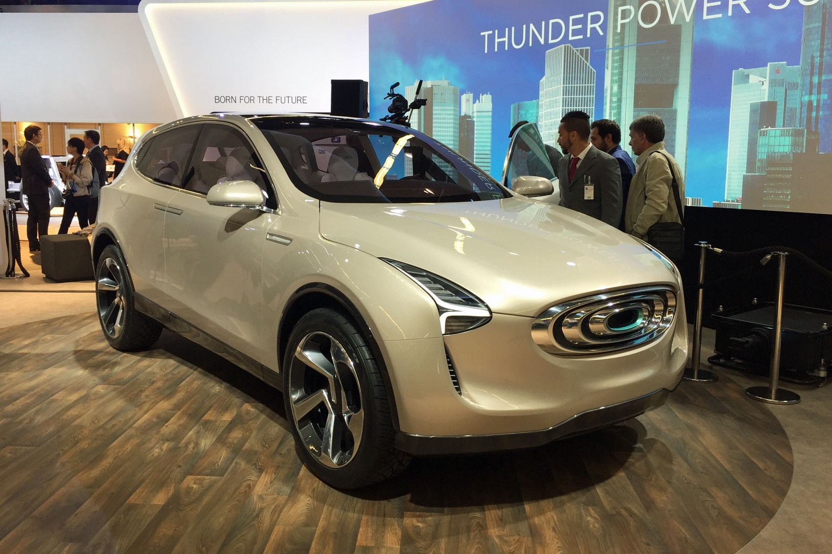 Thunder Suv A New All Electric Concept At Frankfurt 2017