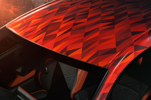 Diamond pattern on the roof of the Toyota C-HR Hy-Power concept