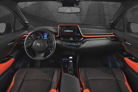 Toyota C-HR Hy-Power concept cabin design