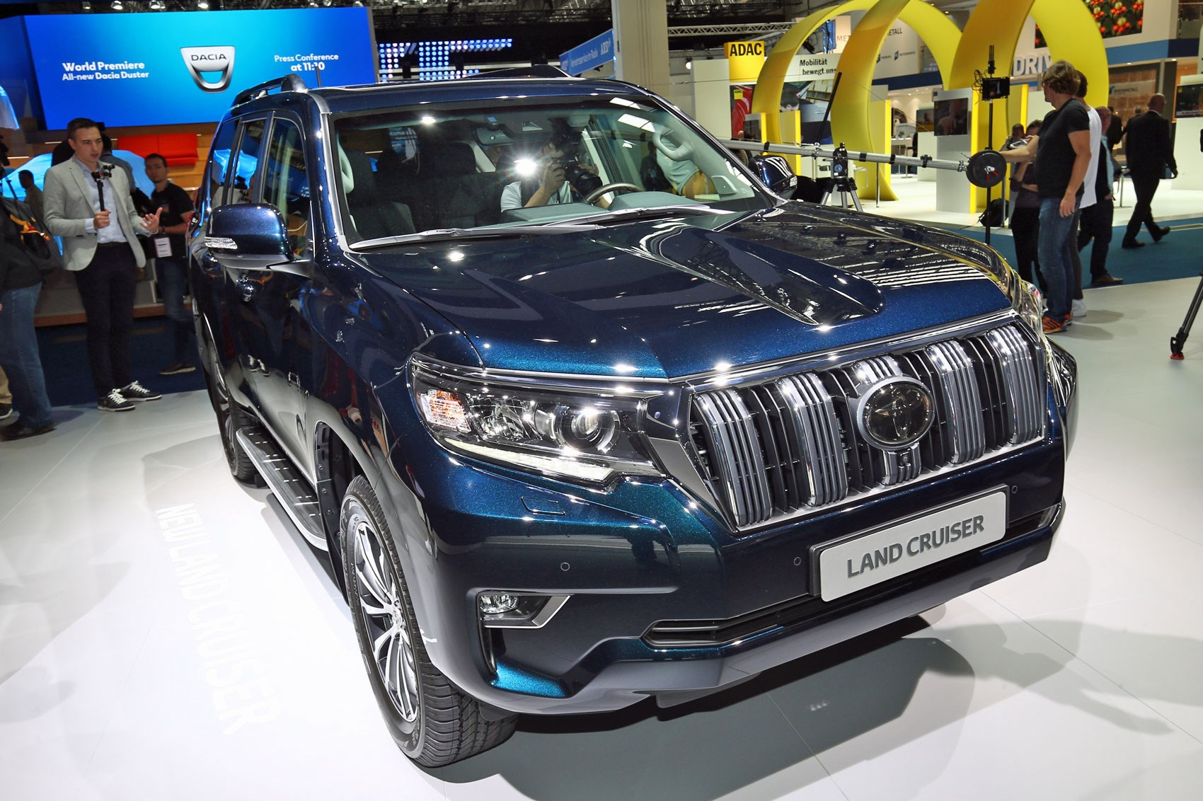 Updated Toyota Land Cruiser At 2017 Frankfurt Show Pictures Specs