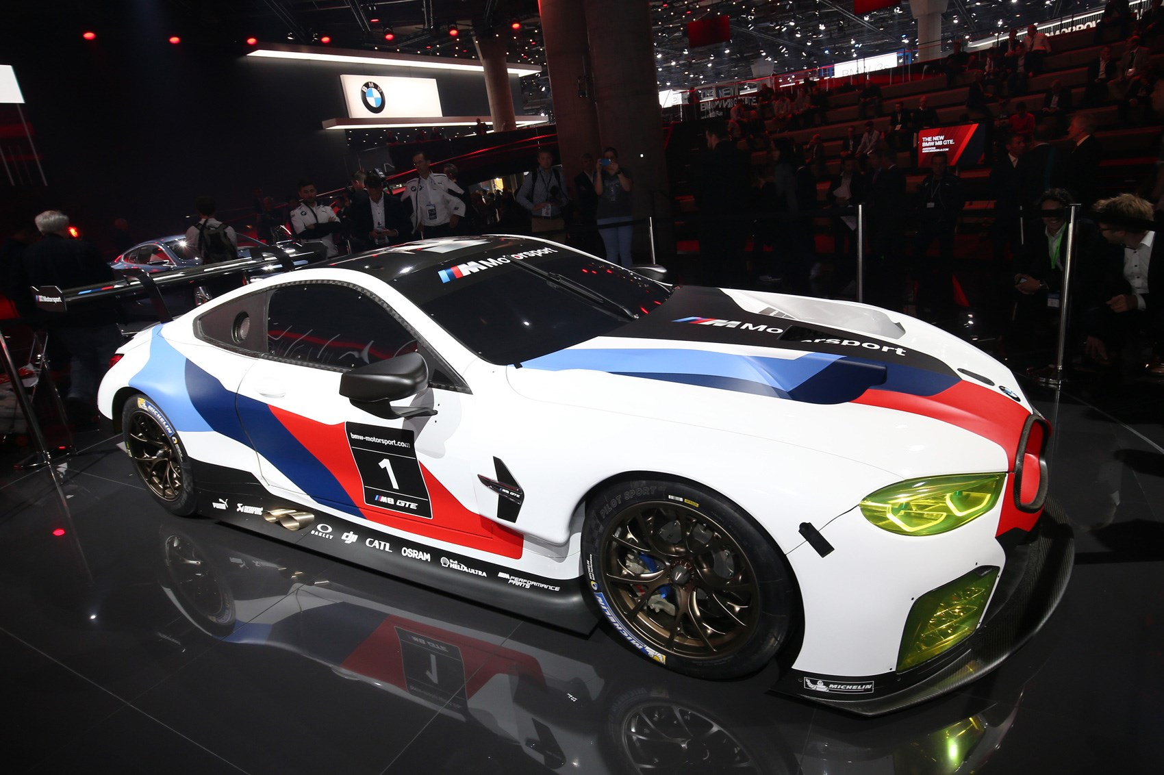 the 8 series brings its a game new bmw m8 gte unveiled by. Black Bedroom Furniture Sets. Home Design Ideas