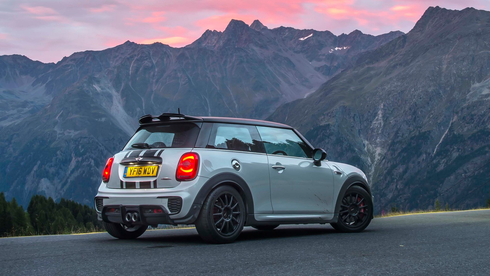 Mini Jcw Challenge 2017 Review By Car Magazine