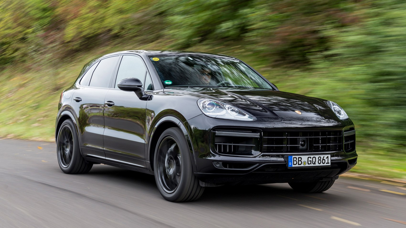 porsche cayenne suv 2017 ride review by car magazine. Black Bedroom Furniture Sets. Home Design Ideas