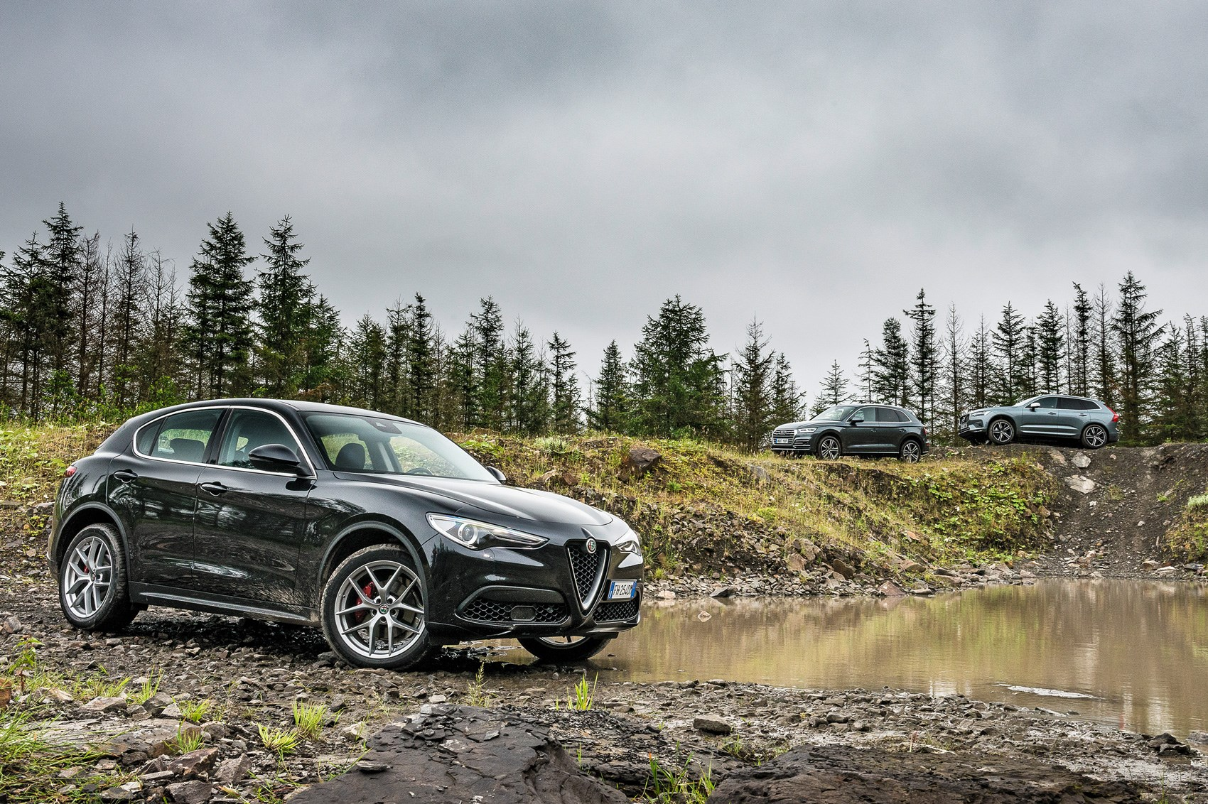 Land Rover Vs Jeep >> Alfa Romeo Stelvio vs Volvo XC60 vs Audi Q5 triple test ...