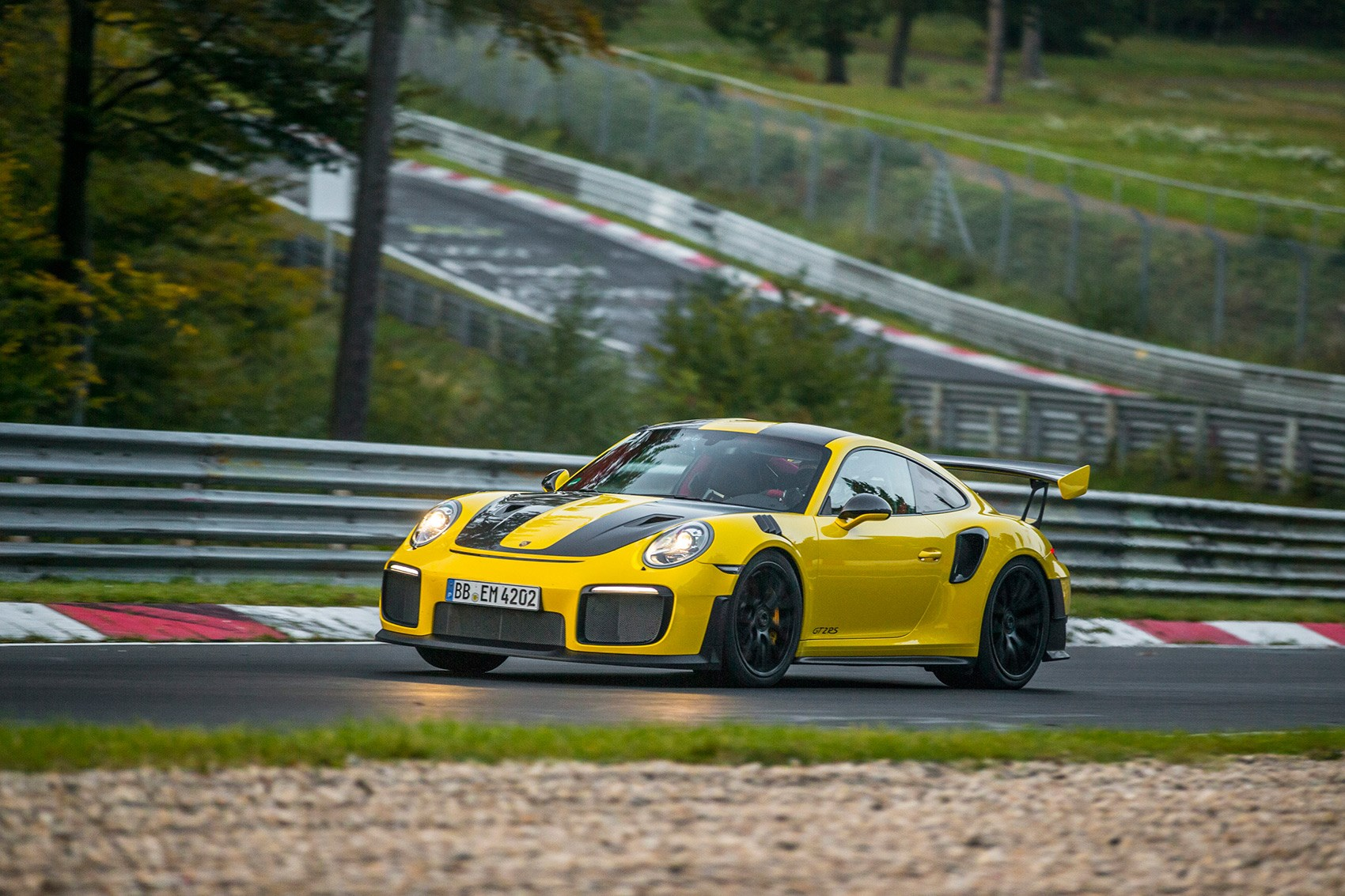 Porsche GT2 RS Sets World Record Nürburgring