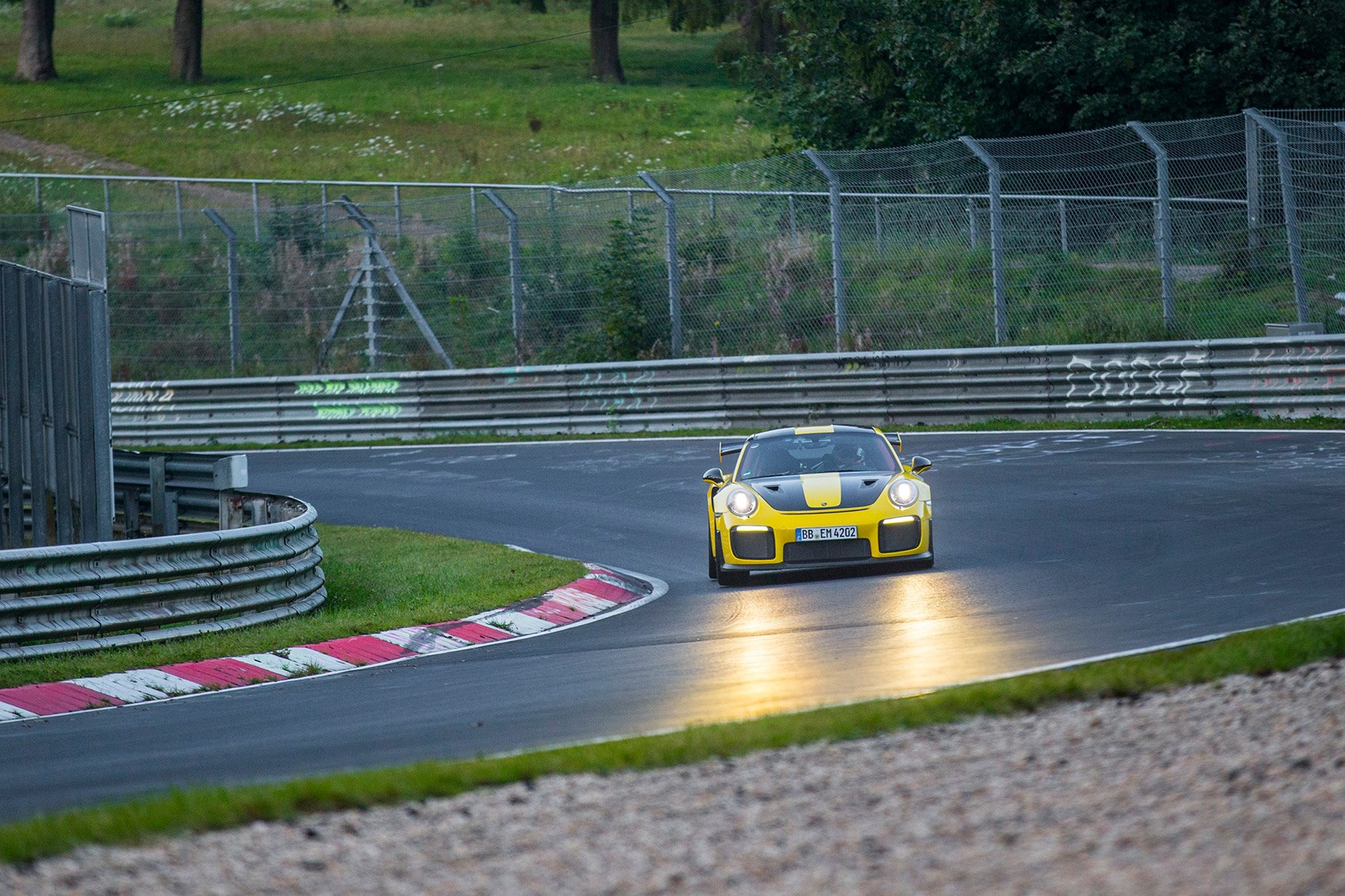 Porsche 911 GT2 RS breaks Nürburgring rear-drive record
