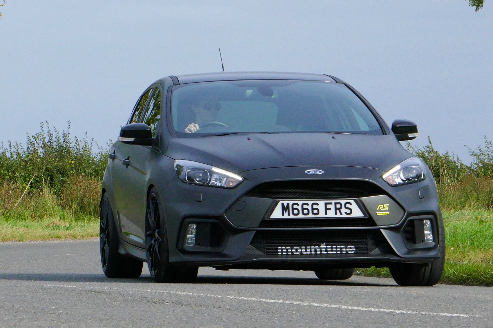 Ford Focus RS Mountune M400 (2017) review