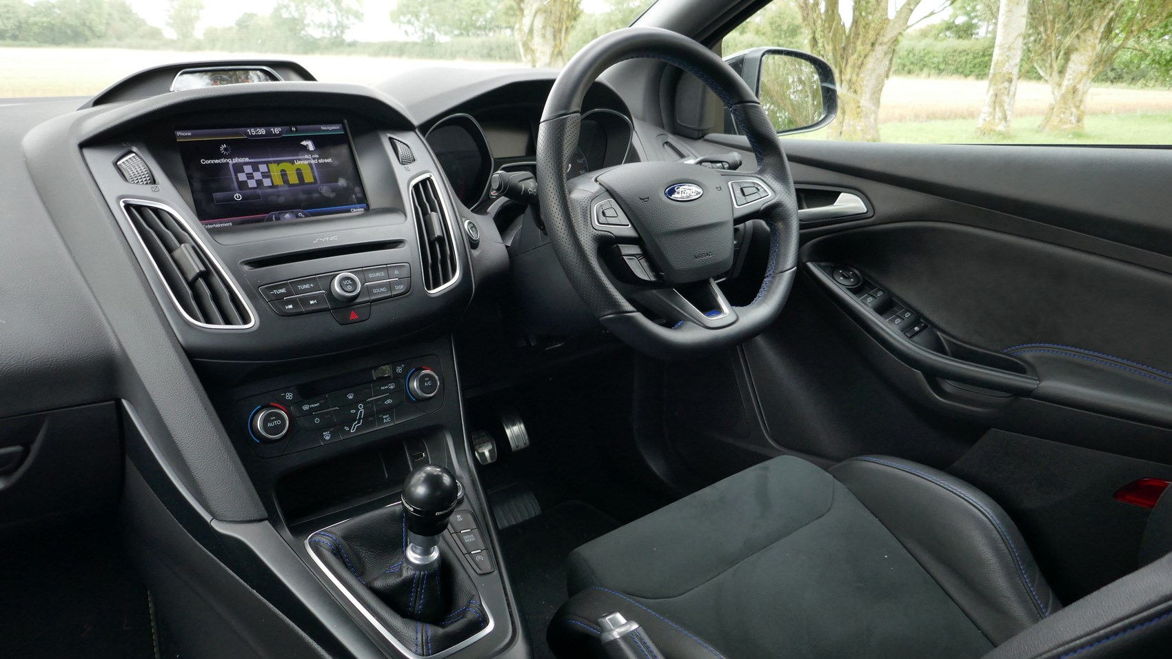 Ford Focus RS M400 Mountune interior