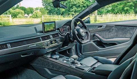 Audi RS5 Mercedes-AMG C63 S