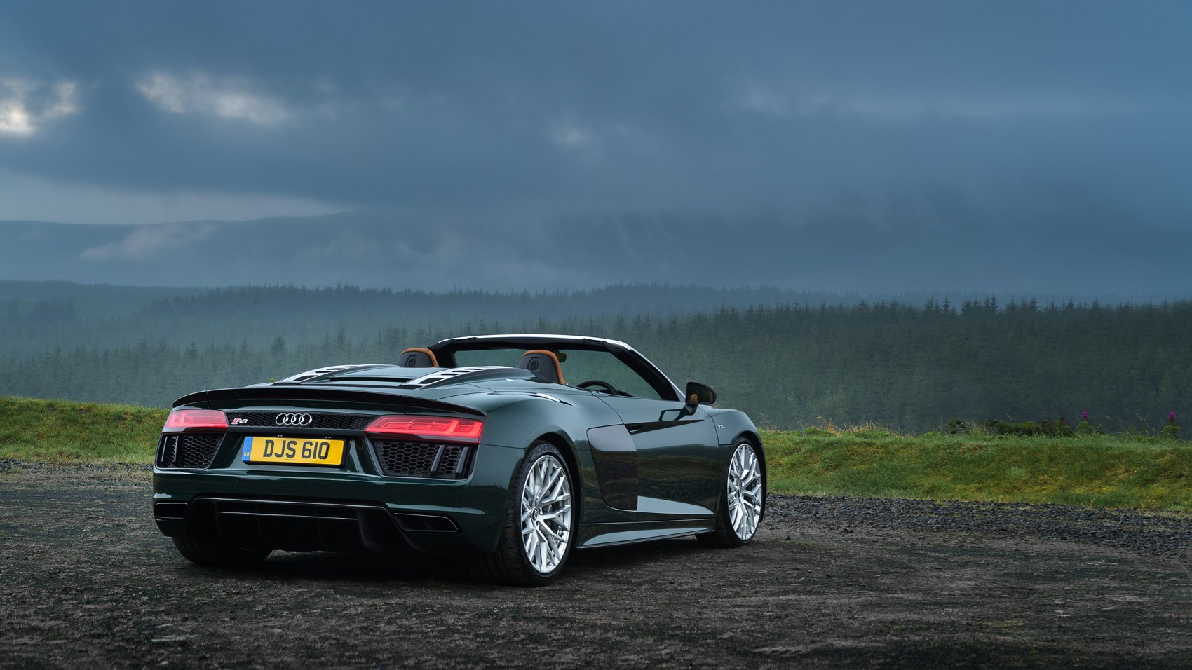 Audi R8 Spyder V10 Plus (2017) Review By CAR Magazine