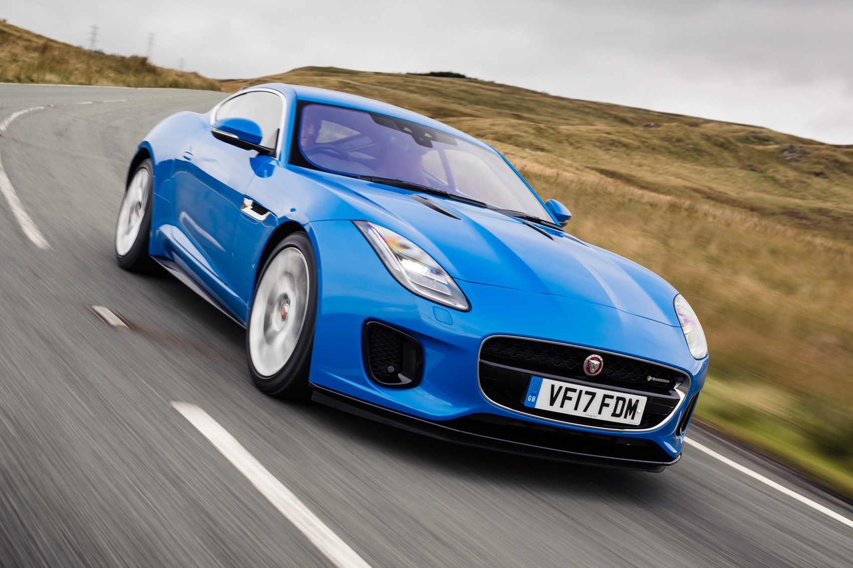 Jaguar F-type Coupe 4cyl (2017) review