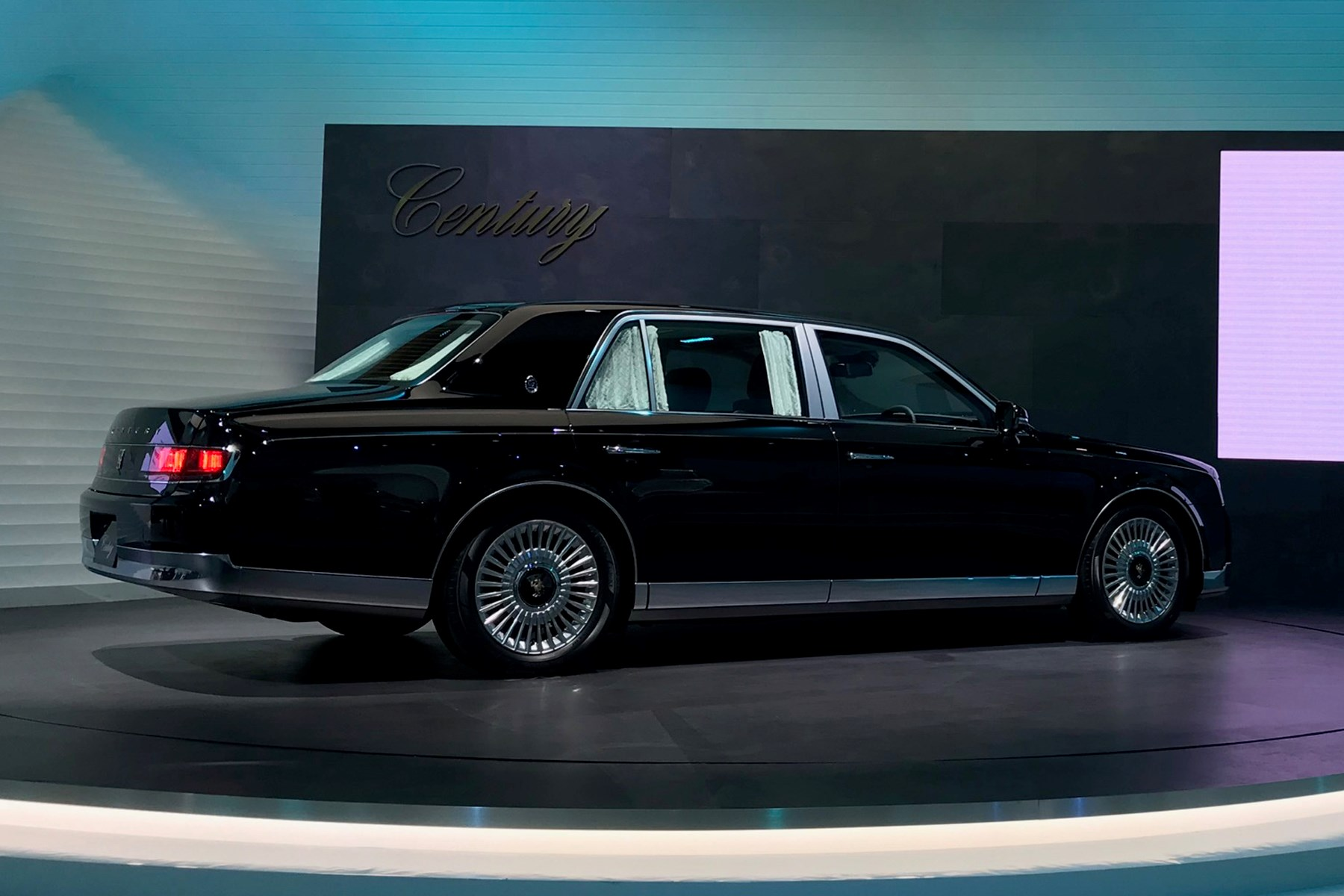 New Toyota Century Limousine Revealed At 2017 Tokyo Motor Show on first toyota camry