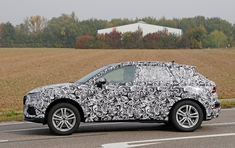 The new 2019 Audi Q3: spied on test in Germany