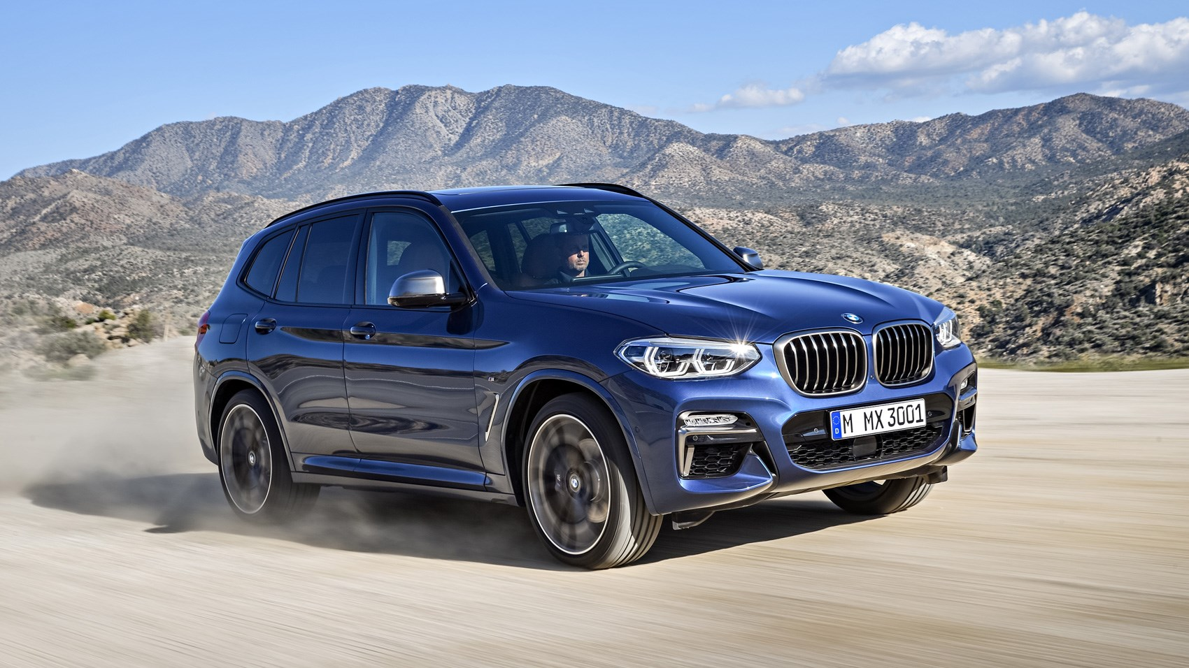 BMW X3 front tracking off road