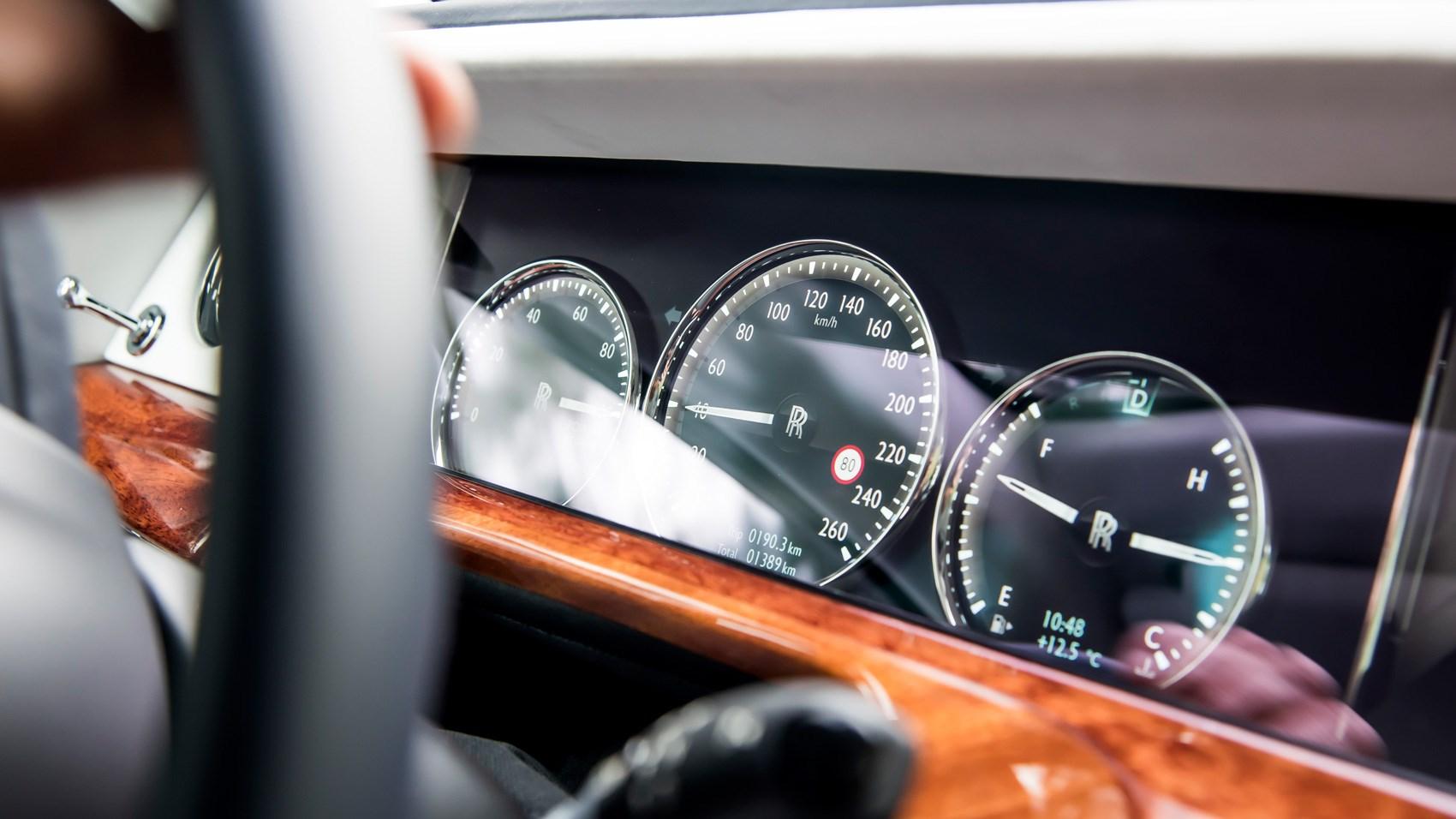 Rolls-Royce Phantom instrument cluster