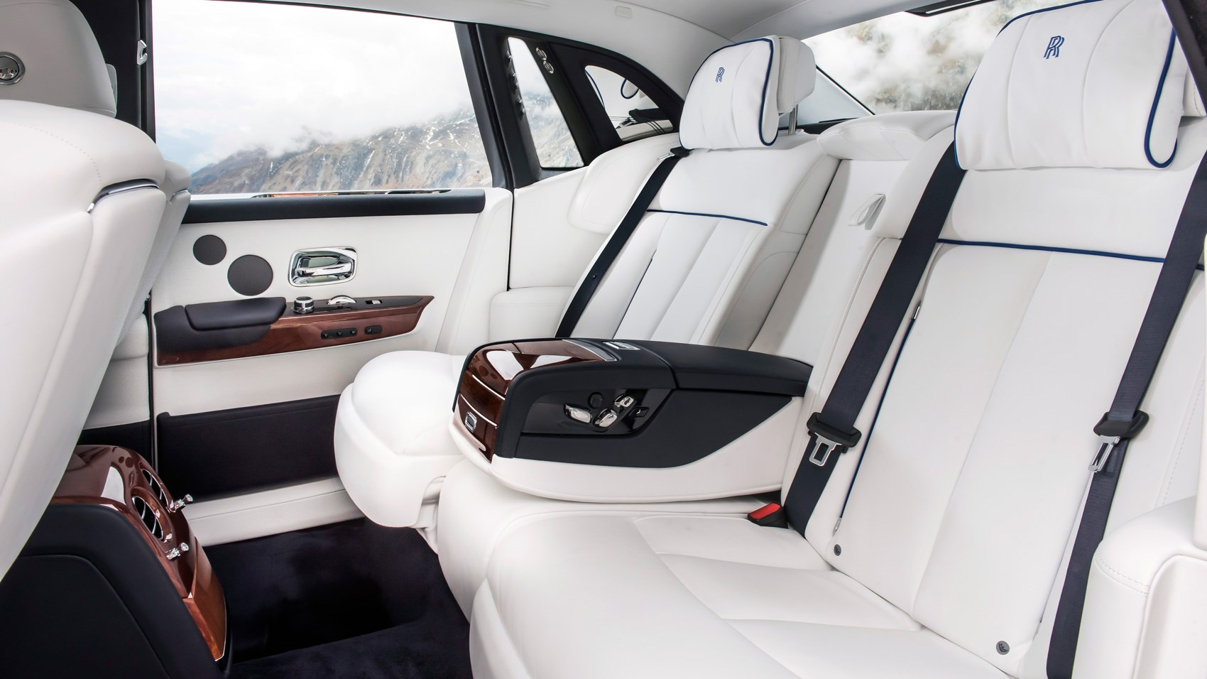 Rolls Royce Phantom 2017 Review By Car Magazine