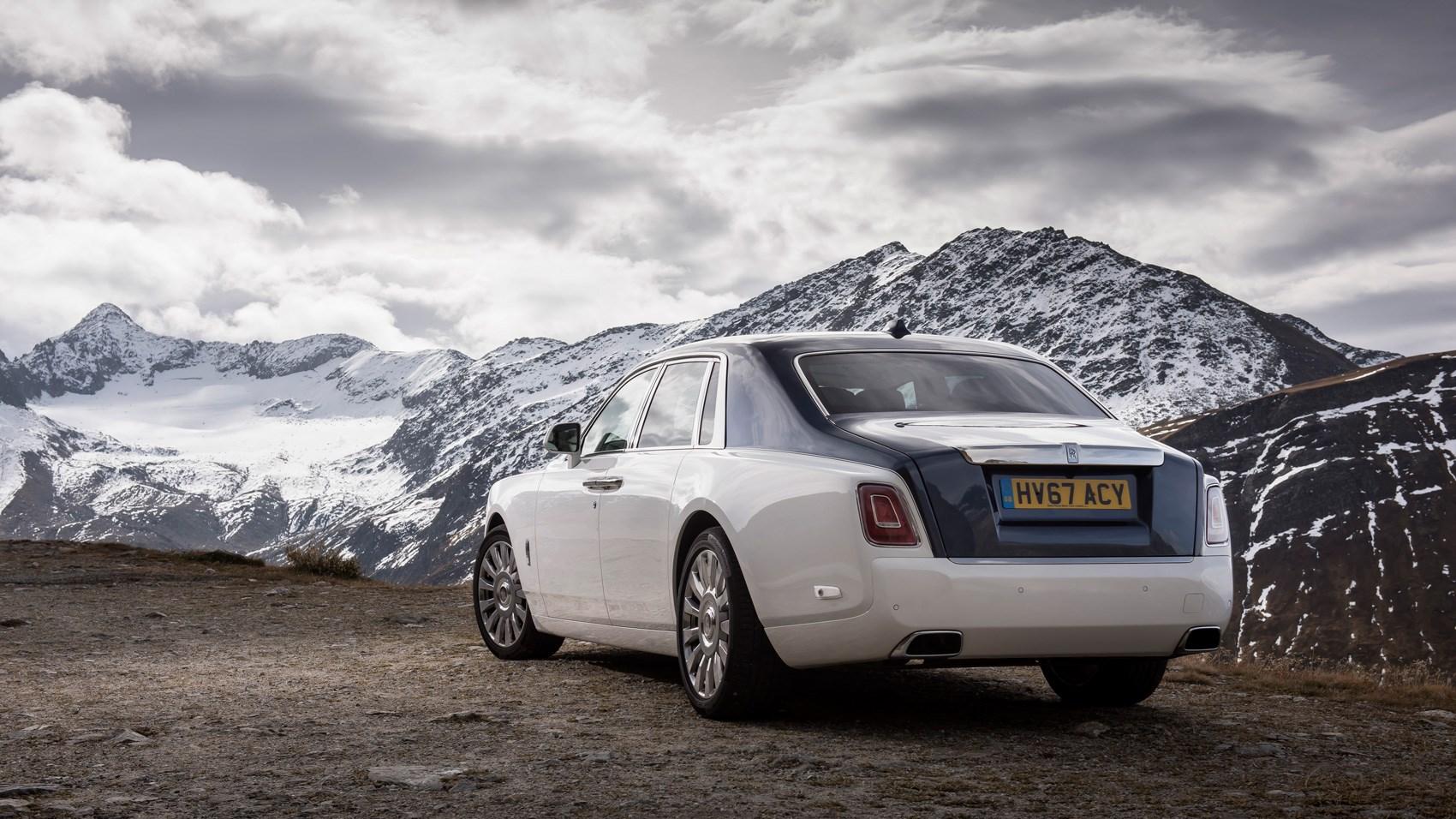 Rolls-Royce Phantom rear quarter