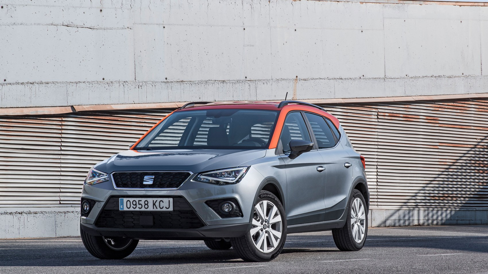 seat arona  se technology  review car magazine