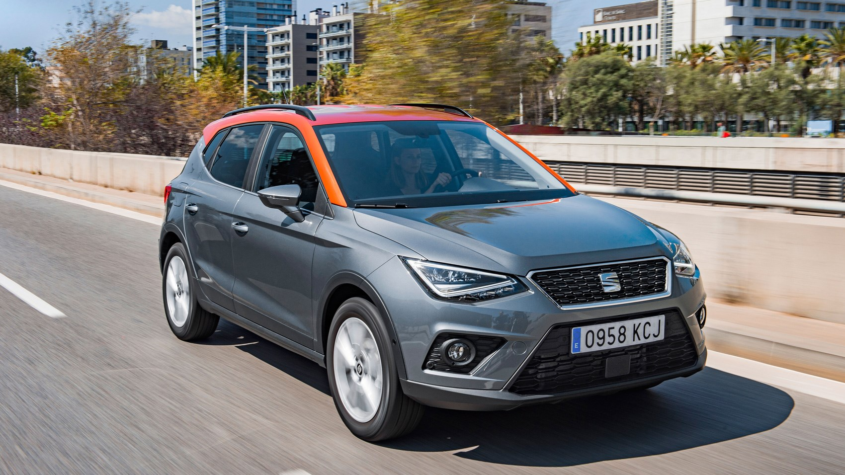 Seat Arona 1 0 Se Technology 2017 Review Car Magazine