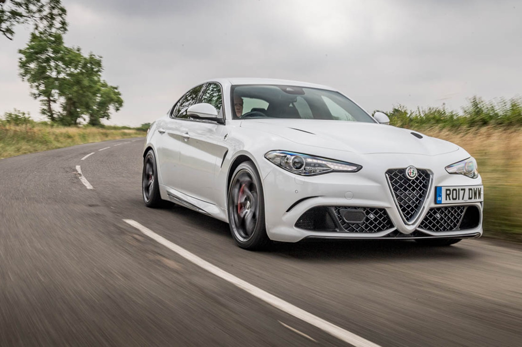 alfa romeo giulia quadrifoglio long term test review car magazine. Black Bedroom Furniture Sets. Home Design Ideas