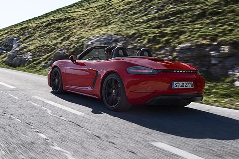 Porsche 718 Boxster GTS rear tracking