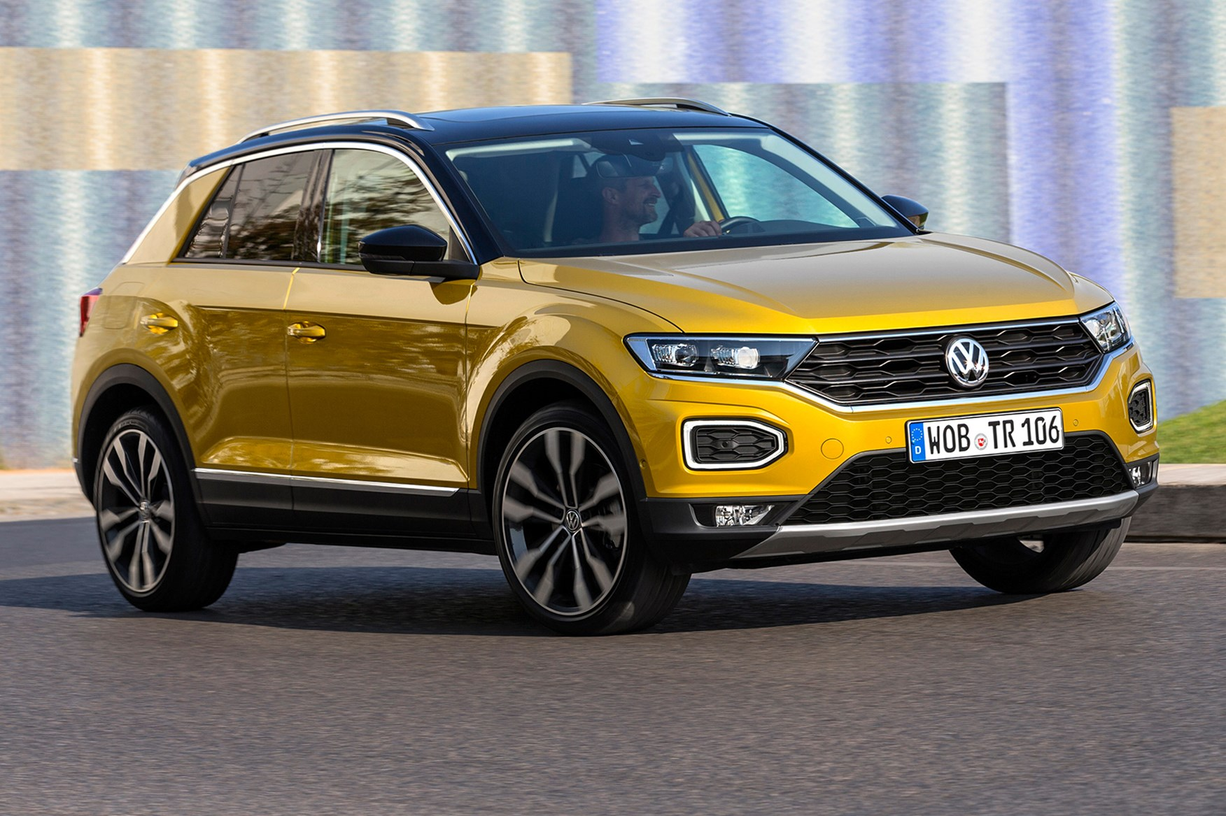 VW T-Roc SUV (2017) review by CAR Magazine