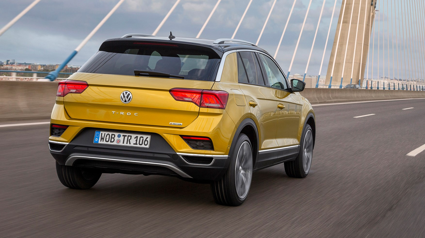 Volkswagen T Roc >> VW T-Roc SUV (2017) review | CAR Magazine