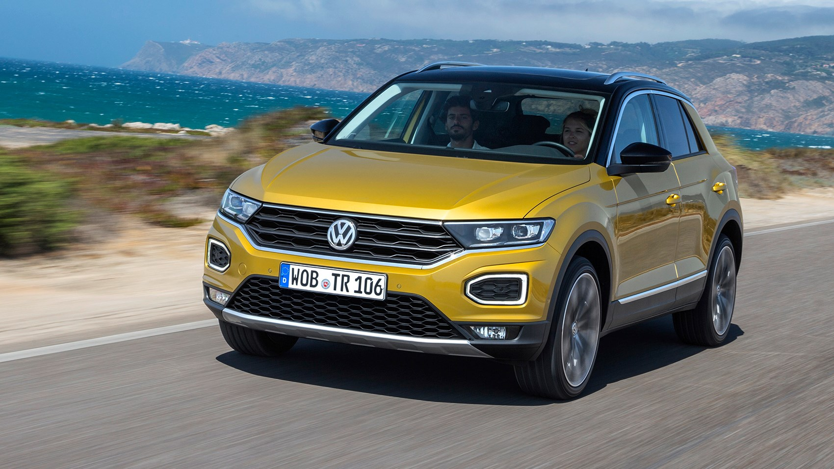 vw t roc suv 2017 review by car magazine. Black Bedroom Furniture Sets. Home Design Ideas