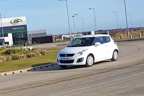 Suzuki Swift roundabout