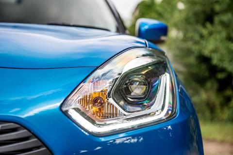 Suzuki Swift headlamps