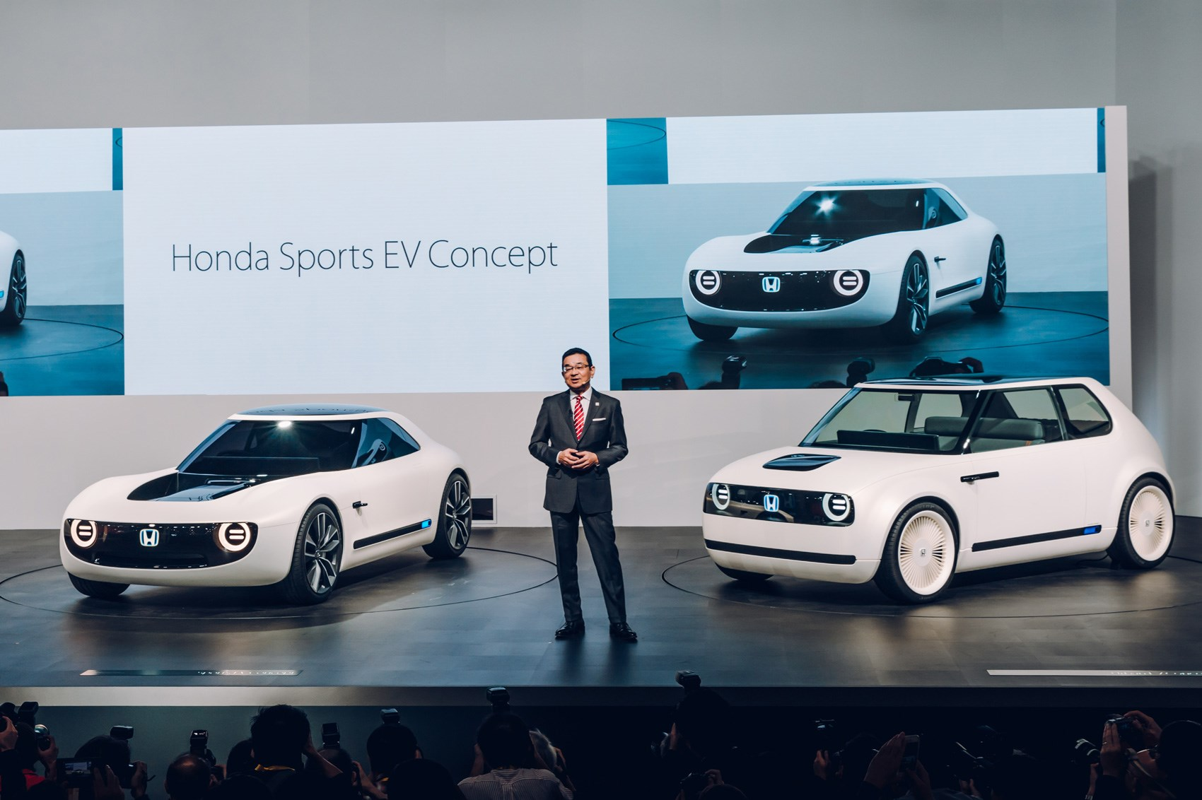 Honda Reboots The Classic 60s Sports Car With Its Ev