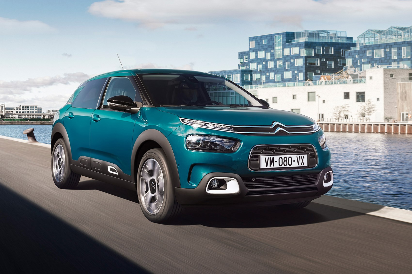 citroen c4 cactus facelifted airbumps out comfier ride in car magazine. Black Bedroom Furniture Sets. Home Design Ideas