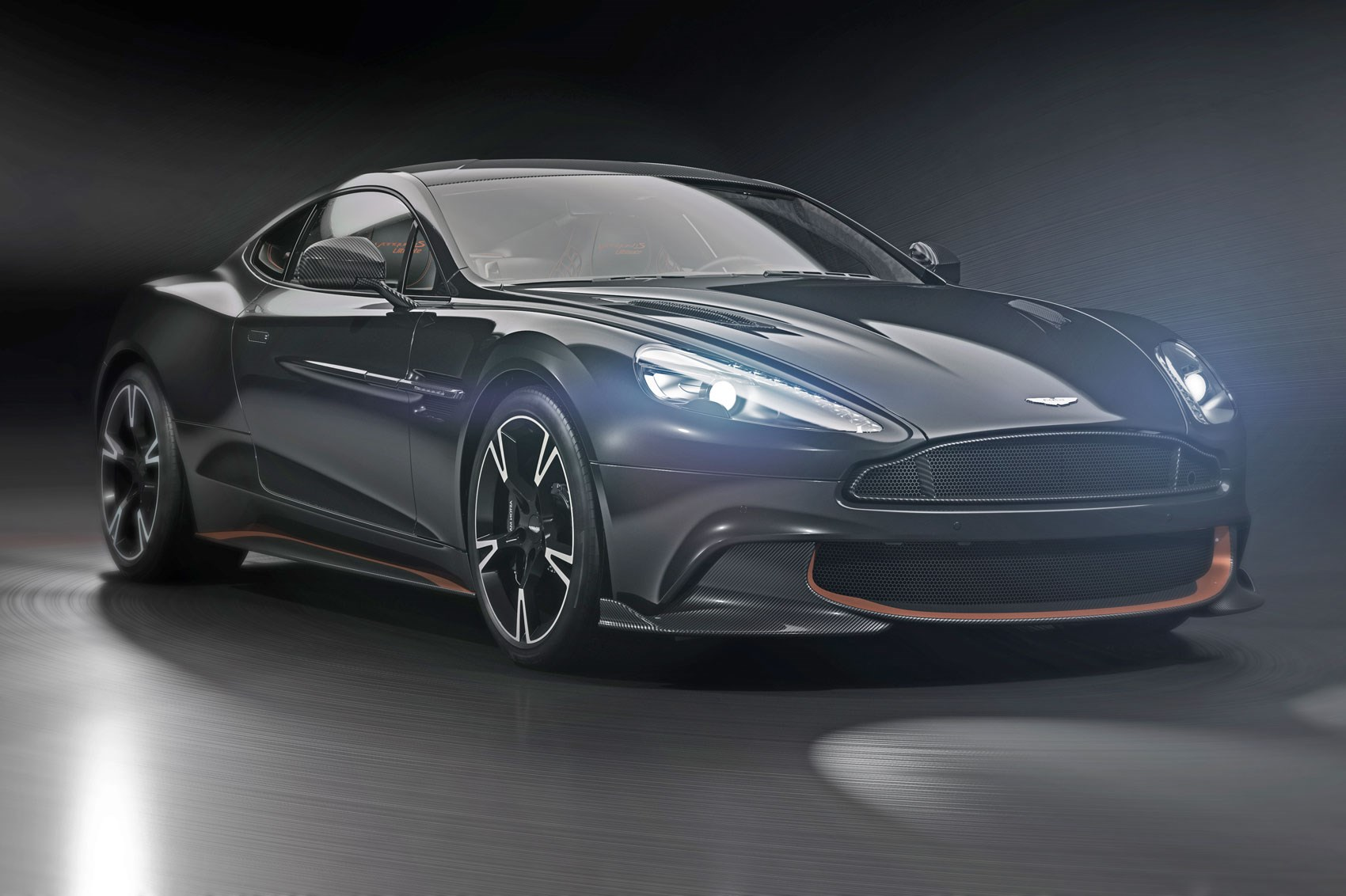 Aston Martin Vanquish S Ultimate edition: a final farewell for ...